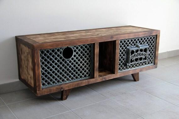 Reserved meuble tv ganesh en bois de palette recycl et po le for Meuble en palette bois occasion