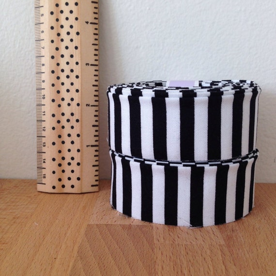"""10.5 yards of 1.25"""" double-fold quilt binding- black + white striped cotton- Michael Miller Clown Stripe"""