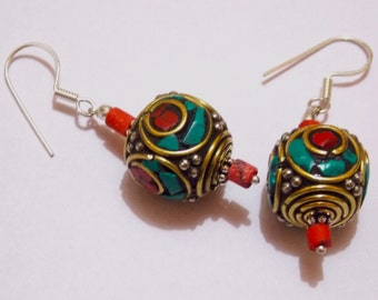 Royal Brass earring with stones