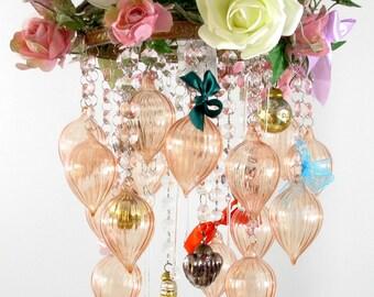 Wedding decoration: vintage-style shabby chic romantic chandelier