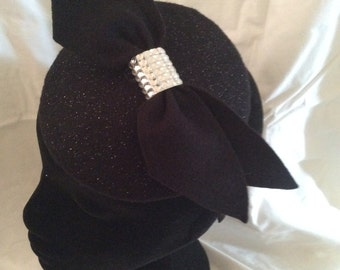 Black sparkly fascinator