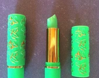Magic arabic lipstick