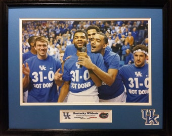 Kentucky Wildcats Basketball Undefeated Regular Season 20 inches x 16 inches