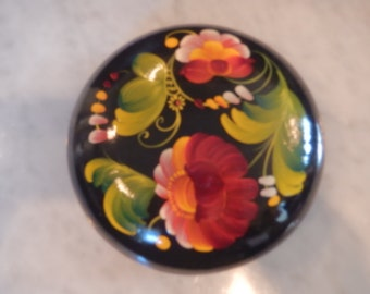 RUSSIA ROSEMALING BOX with Lid