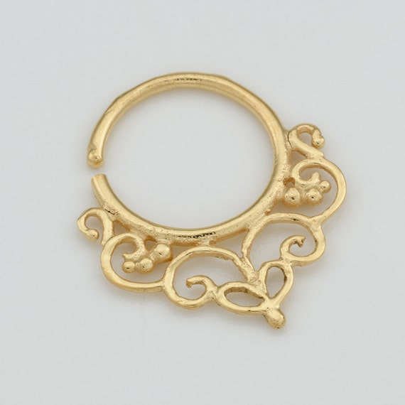 Gold Septum Ring for pierced nose. tribal septum ring. septum piercing. indian septum ring. septum jewelry. tribal.gold septum ring. rs42