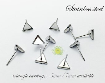 100pcs(50pairs) Surgical Stainless Steel Bezel Earring Studs,Triangle Earrings, Bezel earring Blanks with backs-5mm/7mm available