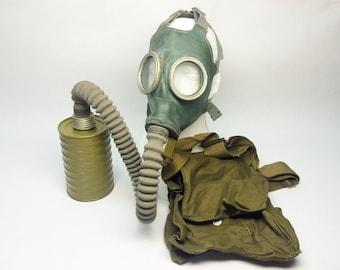 Green rubber gas mask GP-4 soviet gas mask GP-4 russian gas mask GP-4 hose