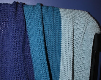 Blue color-block crocheted baby/toddler blanket