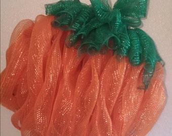 Pumpkin Deco Mesh Wreath; Fall Wreath; Pumpkin Wreath; Deco mesh wreath; fall mesh wreath; fall decor; pumpkin decor; front door wreath