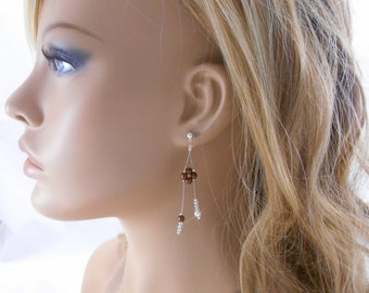"""Wedding earrings """"Cascade de perles"""" with pearly beads and Swarovski crystals bicones. Bridal jewelry."""