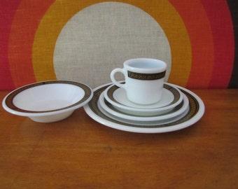 Pyrex Ebony Fleur-de-lis Pattern Dinnerware, Pyrex by Corning, 5 Piece Place Setting, Mug, Saucer, Bowl, Dinner Plate, Dessert Plate