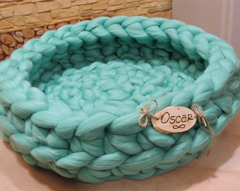 Cat Bed, Chunky Cat Bed, Personalized Cat Bed, Personalized, Pet Bed, Cat furniture, Cat Cave