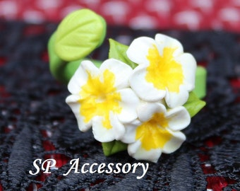 Ring Plumeria, clay ring, clay flower, jewelry ring, flower ring, ring clay, bouquet ring, white ring, white flower ring
