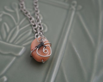 Pink Stone and Wire Charm Necklace