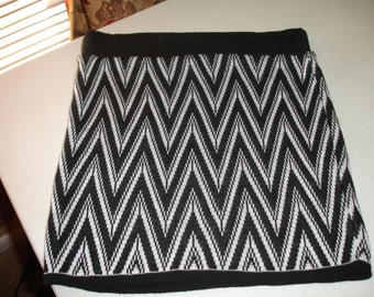 20% OFF two (2) pieces beautiful brand new stretch mini skirt M
