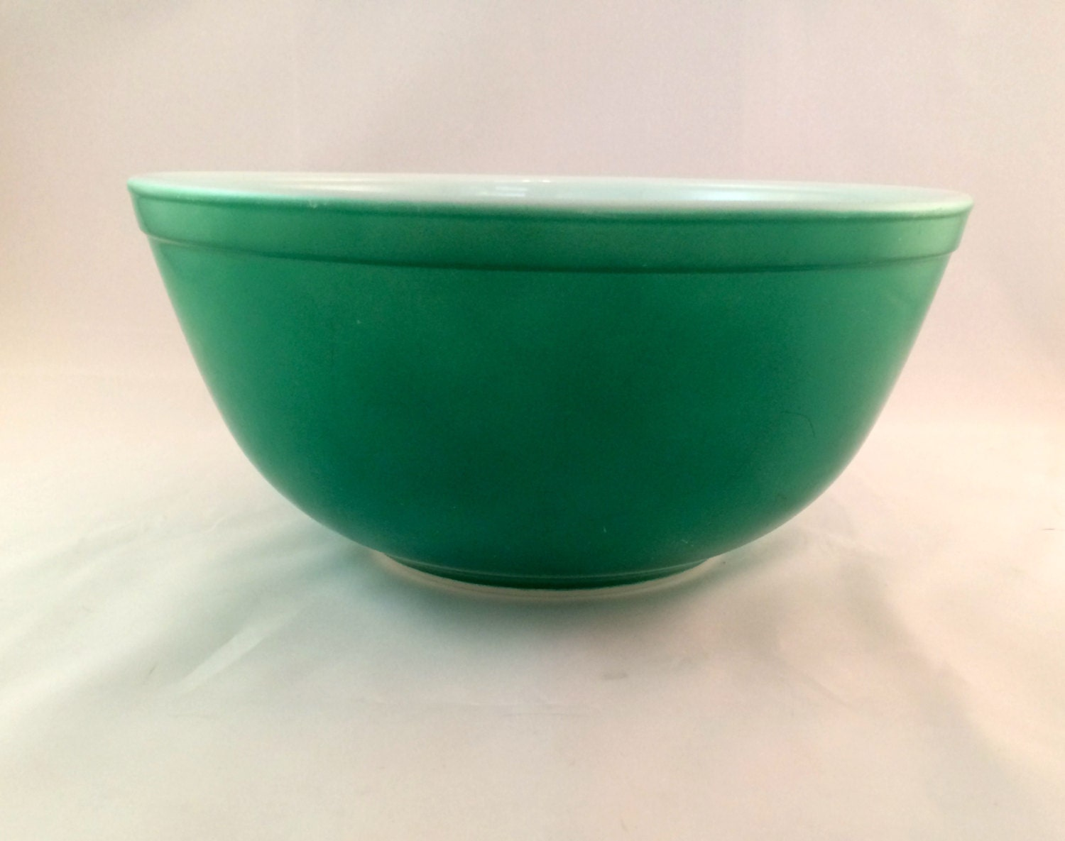 Green Pyrex Mixing Bowl 2 5 Qt By Milehighvintage303 On Etsy