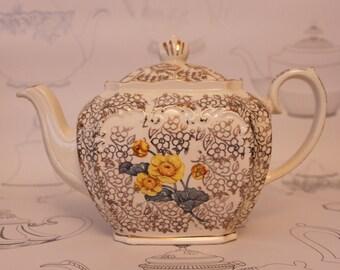 REDUCED Sadler Cube Shaped Teapot