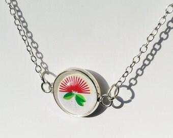 Kiwiana - Pōhutakawa flower 14mm necklace
