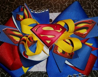 Superman, stacked hairbow