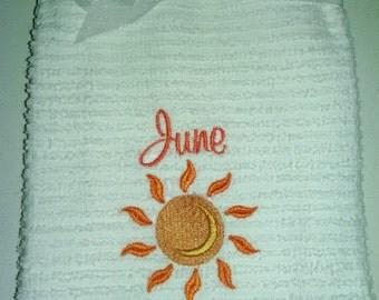 June Decorative Hand Towel
