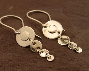 Concentric Circle Dangle And Drop Earrings, silver circle earrings, decreasing size discs, sterling silver, modern style for her, handmade