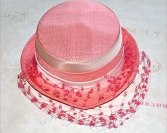 Coral Linen Hat, Pale Pink Hat, Coral Veil Hat, Pink Veil Hat, Pink Vintage Hat, Vintage Veil Hat, Pink Toque Hat, Pink Hats, Coral Hats