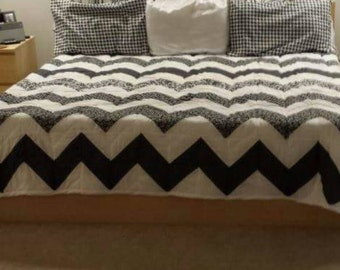 King Size Chevron Quilt