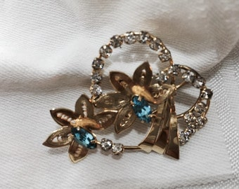 vintage Quill brooch