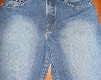 Sergio Valente Blue Jeans Long Denim shorts Womens  Size 34