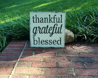 Thankful, grateful, blessed, wooden, distressed, sign, shabby, family, kitchen, home decor, black and white, gift, dining room,