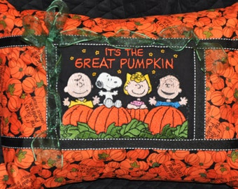 "12"" x 16"" Charlie Brown, Snoopy Peanuts Halloween ( It's A Great Pumpkin) Home Dec Pillow Gift!"