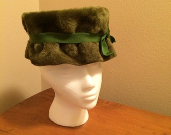 Green Goddess Pillowbox Hat