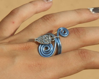 Ring wire with OWL pendant