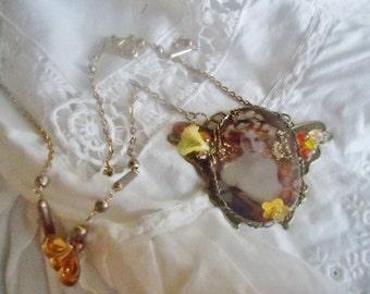"Necklace retro style,""baroque"" and elegant ..."