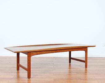 DUX Solid Teak Coffee Table