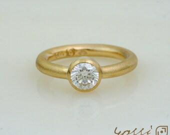 9 ct. Yellow Gold Textured Surface, 0.46 ct. Briliant cut Diamond Handmade Engagement Ring