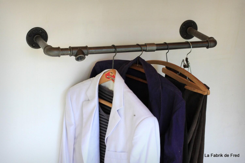 portant v tement porte cintre industriel vintage en tuyau de. Black Bedroom Furniture Sets. Home Design Ideas