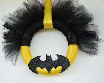 Glitter Bat Tulle and Ribbon Wreath- Bat Symbol Wreath- Batman Wreath-Geek Wreath- Comic Wreath