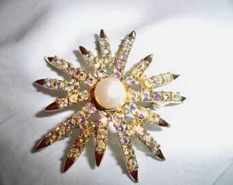 Vintage Signed Emmons Starburst Aurora Borealis Simulated Pearl Brooch