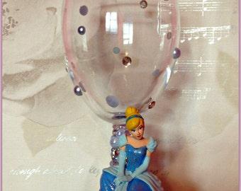 Disney Cinderella Sitting Wine Glass