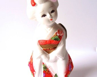 SALE* Porcelain Geisha Girl