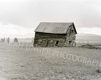 Photograph of barn near Cascade, Idaho