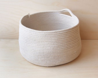CARA handmade rope vessel