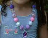 Sofia the First Amulet Inspired Girls Chunky Bubble Gum Necklace Princess Pink Purple Rhinestone