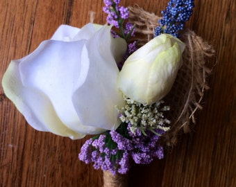 Ivory & Lilac Boutonniere