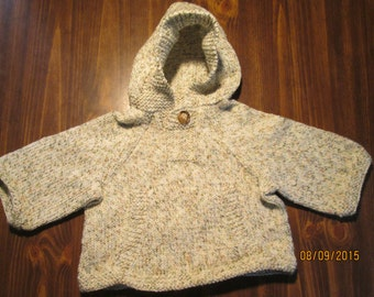 hooded sweater with pocket
