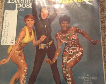 Vintage 1968 Saturday Evening Post, girls of Laugh In, Goldie Hawn