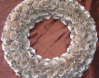 Wreath champagne wood curl dusted in glitter