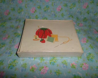 Vintage Stationary Notes Sewing pin cushion needle & thread thimble w envelopes NIP