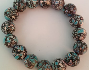Handmade colored natural stone bracelet